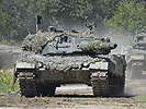 "Main battle tank ""Leopard"" 2A4. (Image opens in new window)"